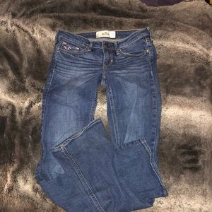 HOLLISTER BOOTCUT JEAN SIZE 3R